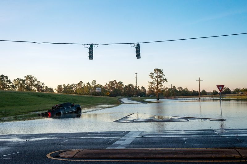 Delta leaves soggy mess in already storm-battered Louisiana By Reuters